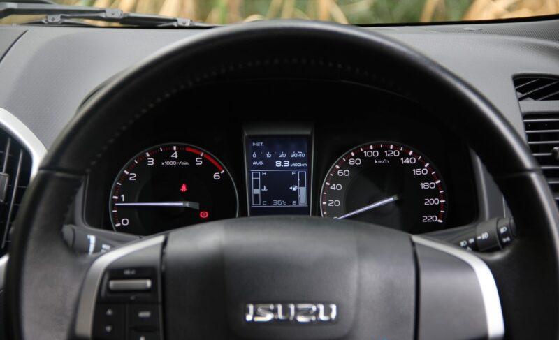 2012 Isuzu D-Max Review | Topcar co ke