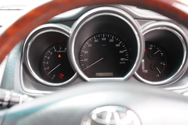 2010 Toyota Harrier Speedometer