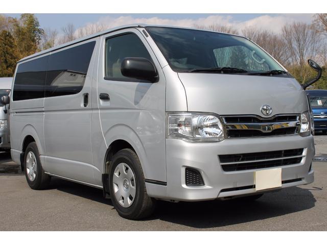 2012 Toyota HiAce Review | Topcar co ke
