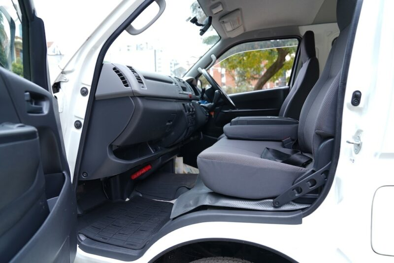 2012 Toyota Hiace Space