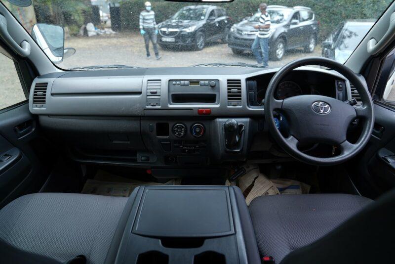 2012 Toyota Hiace Dashboard