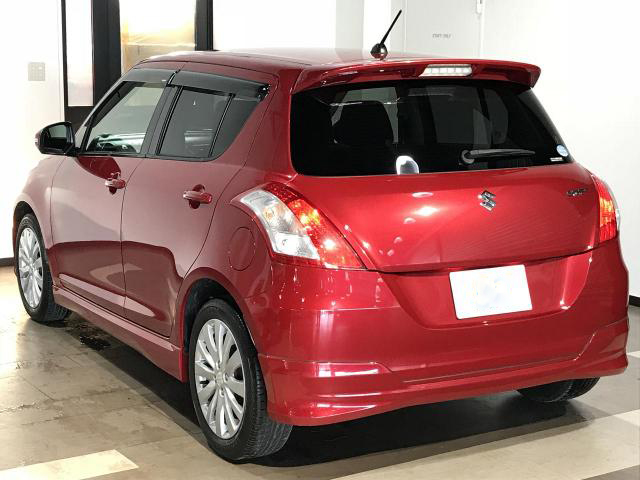 2012 Suzuki Swift Review | Topcar co ke