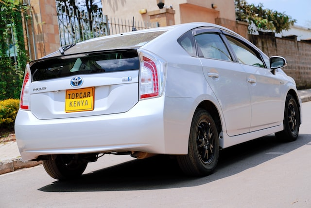 2013 Toyota Prius Ground Clearance