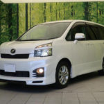 2011 Toyota Voxy Review