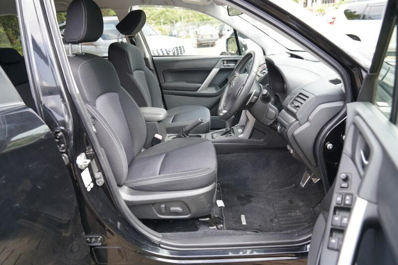 2013 Subaru Forester First Row Legroom