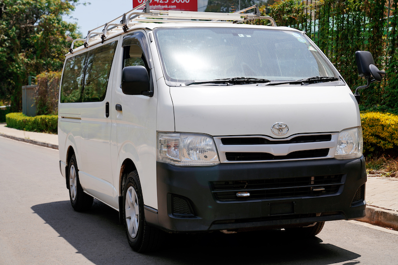 2013 Toyota HiAce Review