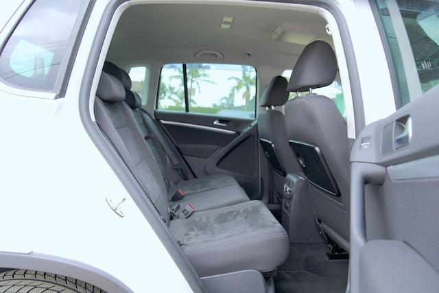 VW Tiguan second row