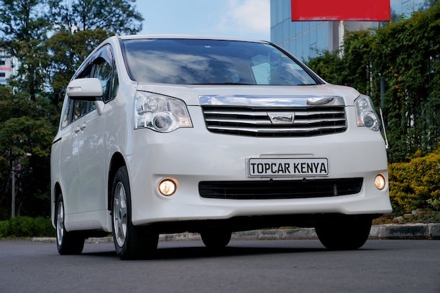 2012 Toyota Noah Kenya