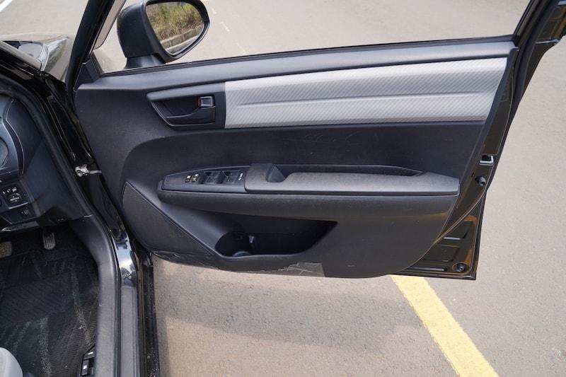 2013 Toyota Axio Door Pockets
