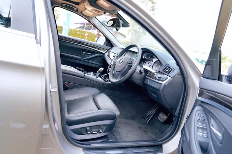 Mercedes E Class Front Legroom