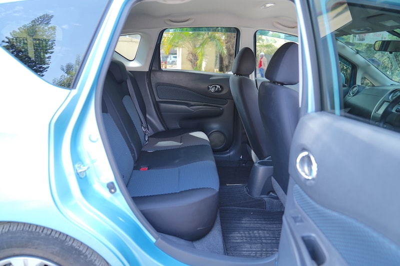 Nissan Note Second row