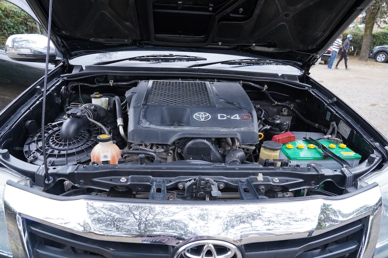2013 Toyota Hilux Engine