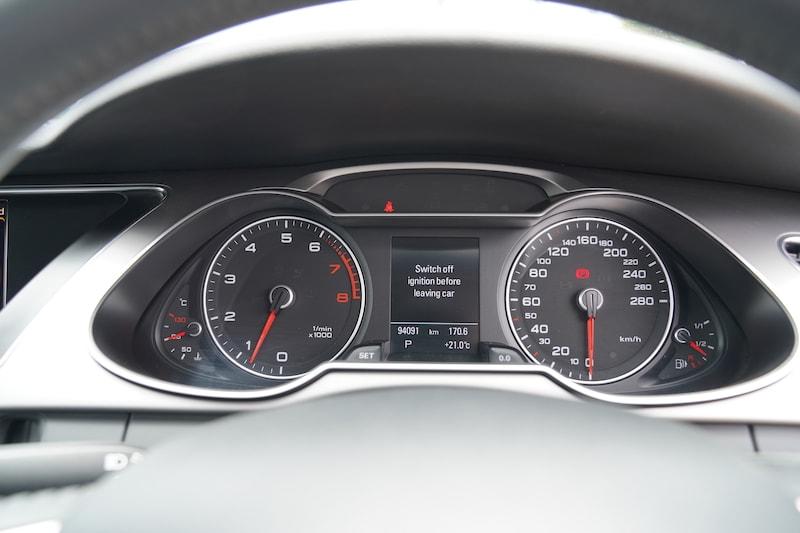 2014 Audi A4 Speedometer