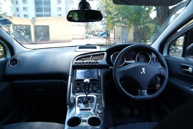 2013 Peugeot Dashboard