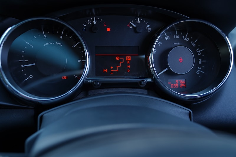 2013 Peugeot Speedometer