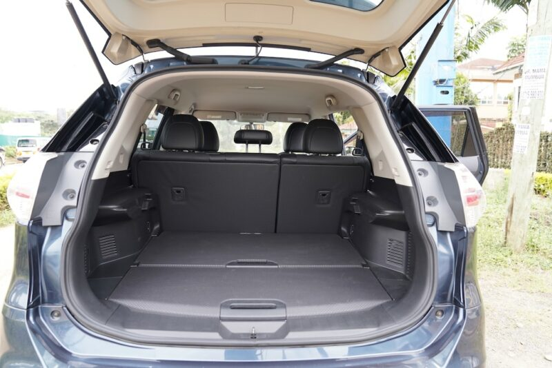 2014 Nissan X-Trail Boot Space