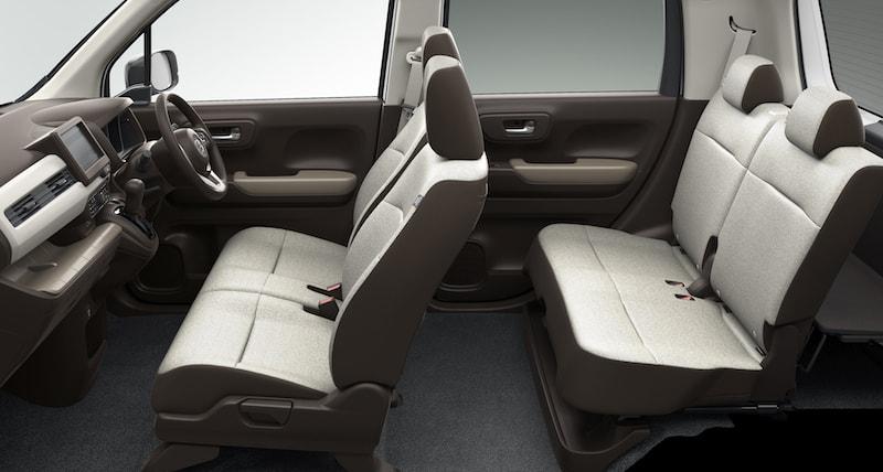 Honda N-WGN interior space
