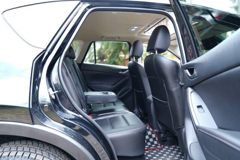 2014 Mazda CX5 second row
