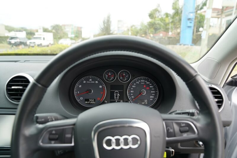 Audi A3 steering and Speedometer