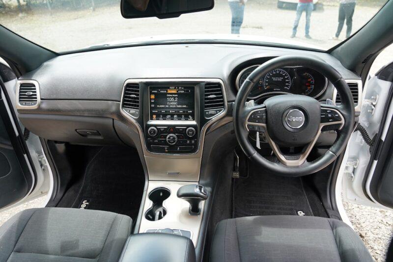 2014 Jeep Grand Cherokee Dashboard