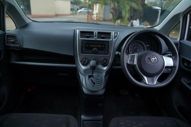 2014 Toyota Ractis Dashboard