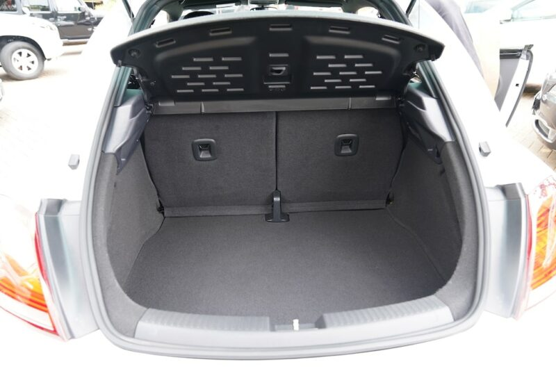 2014 VW Beetle Boot