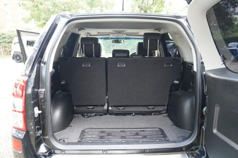 2014 Suzuki Escudo boot