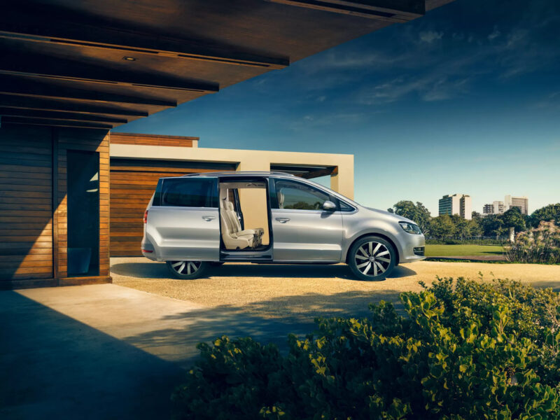 VW Sharan Exterior view
