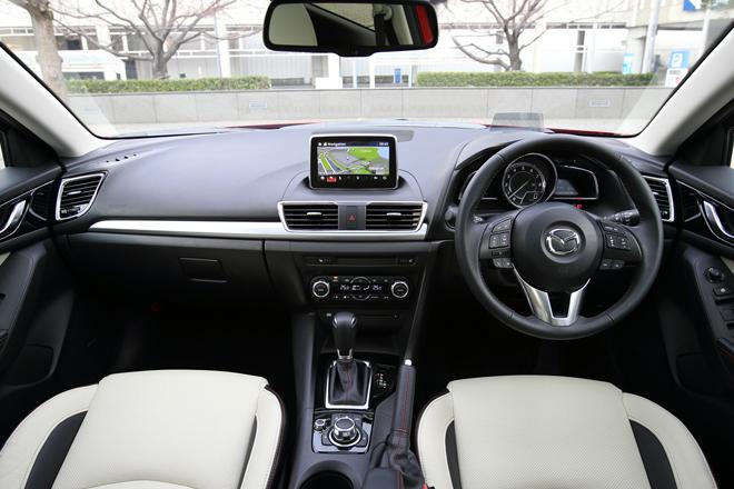 2014 Mazda Axela Dash interior